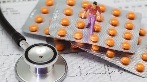 本市参保人员在医保定点药店购买非处方药有规定