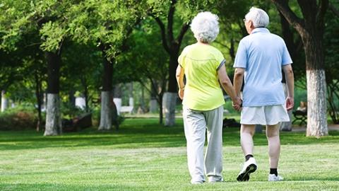 长寿会遗传?女性老来健康或遗传自长寿母亲