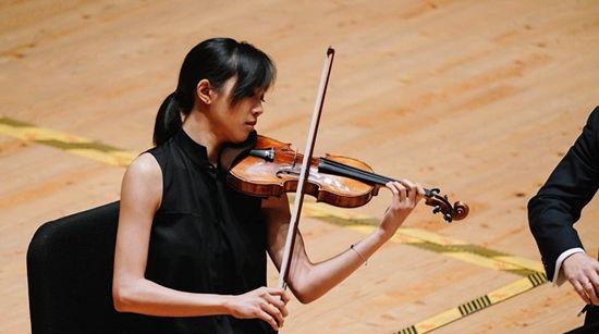 """""""卧虎藏龙""""的上海国际小提琴比赛中究竟有多少高手?"""