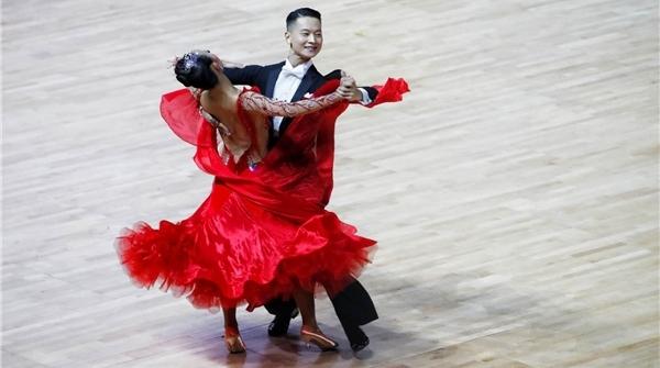 国标舞界的奥运会!2018黑池舞蹈节在宝山上演,明天还有大师级表演