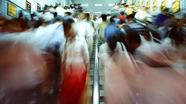 上海这些轨交站、换乘站客流最大!有你经常走的吗?