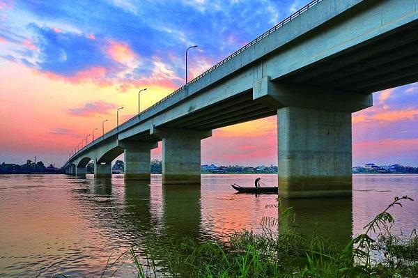 巴萨河大桥.jpg