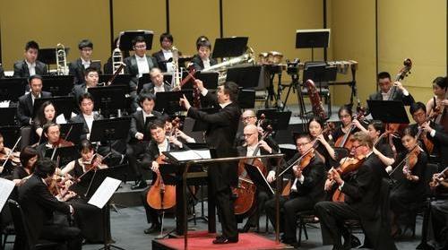 """循着""""茉莉花""""认清每一个声部 《中国版青少年管弦乐队指南》首演"""