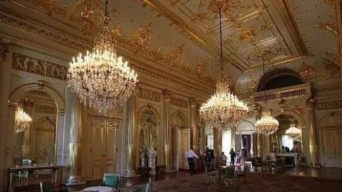 天下游 | 来比利时皇宫看国王画作