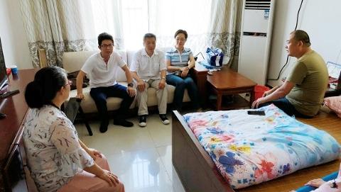 新闻追踪|一次特殊的新生报到,上海建桥学院让爱延续