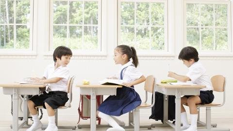"""不能让6岁幼童只会做题不会聊天 上海试点""""小学低年级主题式综合活动课程"""""""