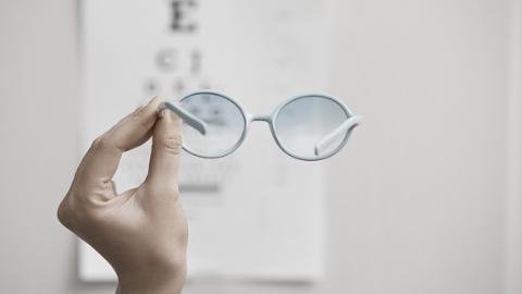国际幼儿体育研讨会在沪召开 专家:想让童年告别眼镜束缚 先要让孩子爱上运动