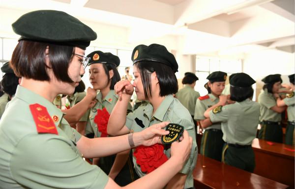 武警上海总队3000名老兵今光荣退役  曾为平安上海建设作出贡献