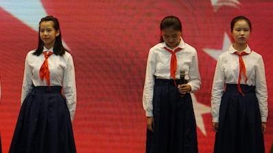 上海120万中小学生今天迎来新学期