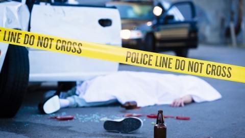 浦东一货车与电瓶车相撞 骑车人不幸身亡
