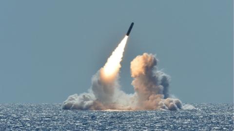 """美国海军嫌小型核弹头是""""鸡肋"""""""