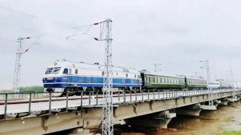 青连铁路今起联调联试 年底开通后上海至青岛高铁4小时可达