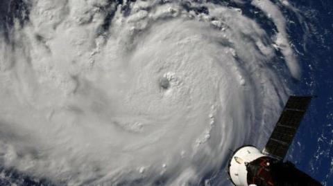 飓风袭来,加拿大发布旅游警告