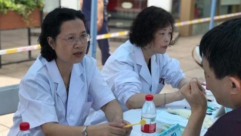 """上海5岁儿童患龋率68.2%  保护牙齿,你知道""""爱牙八条""""吗"""