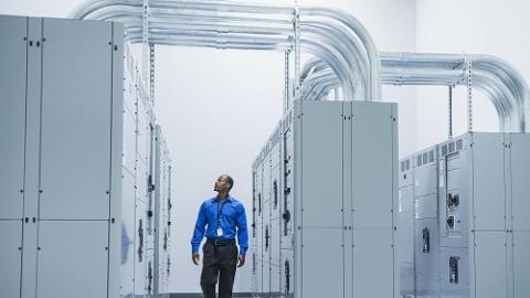 """""""双保险""""再加后备保险 国家会展中心第三路电源完成送电"""