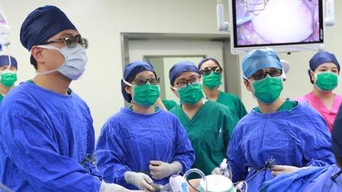 红房子医院多学科团队微创诊治妊娠宫颈癌——保胎儿救母亲,一刀两全其美