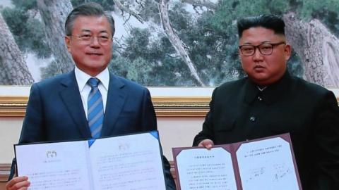 金正恩表示将在年内访韩    朝韩首脑上午签署《平壤共同宣言》 金正恩则表示将在年内访韩