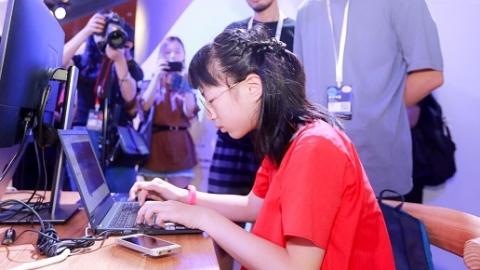 11岁上海小姑娘受邀加入支付宝  8分钟编程打动蚂蚁金服董事长