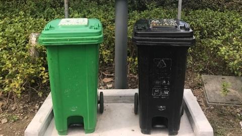 """宁波厨余垃圾袋上有专属""""二维码"""" 居民垃圾分类不好要扣分!"""