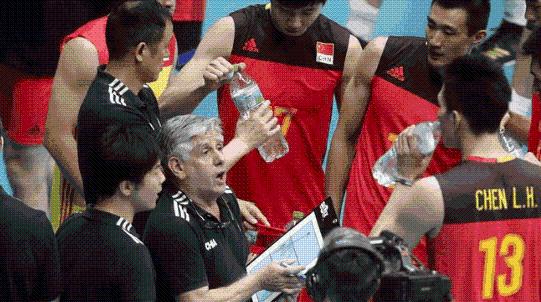 我们和人家打的不是一种排球……中国男排世锦赛五连败有迹可循