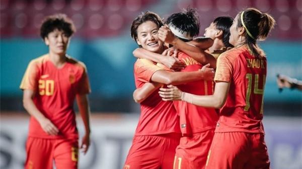 国际足联埋单!中国女足明年可以坐公务舱参加世界杯