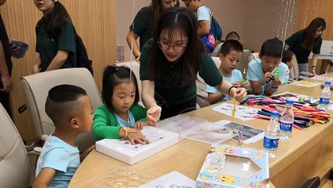 """重视先心患儿""""全治疗""""周期 上海儿童医学中心关注成年后接力管理"""