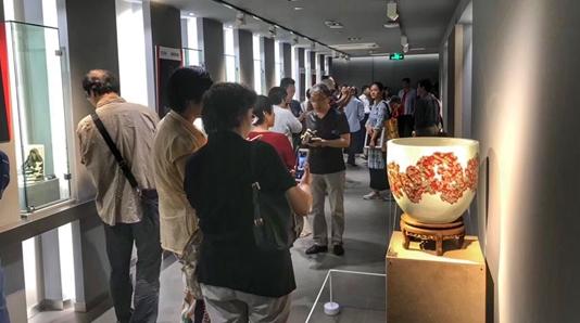 打造城市艺术新名片 2018海派陶瓷艺术家作品交流展在沪举办