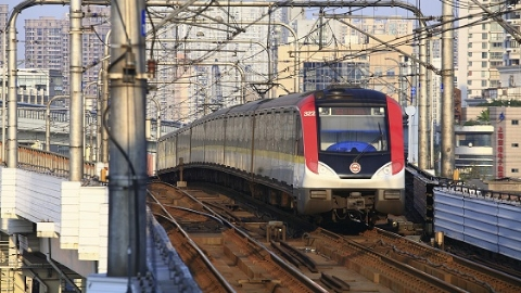 小长假长三角铁路发送旅客861万人次 国庆黄金周将迎来大客流