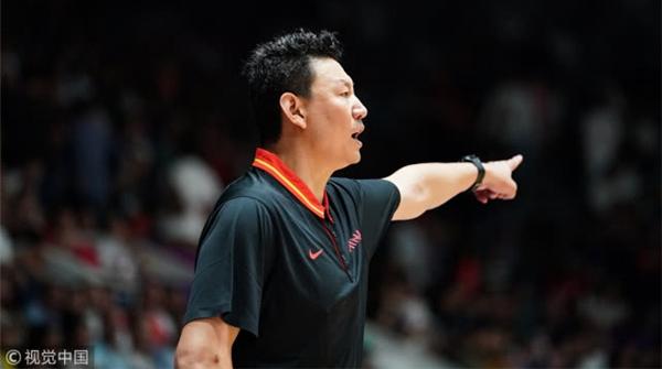 中国男篮新帅李楠谈国家队组建:会对所有队员一视同仁