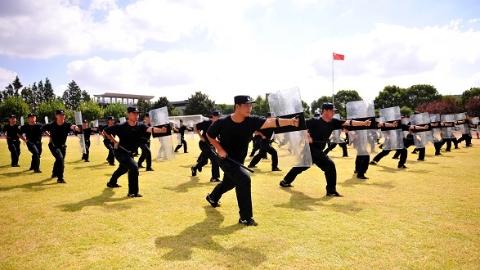 千锤百炼铸忠诚 上海公安学院学警即将奔赴申城国庆安保一线