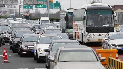 松江警方发布国庆G60出行避堵时间表,交警建议提前一天离沪