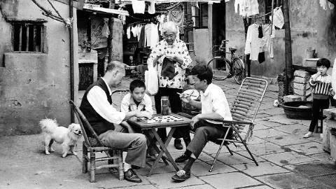 """天山""""棚户区""""变迁解开上海人均住房面积增长8.5倍之谜"""