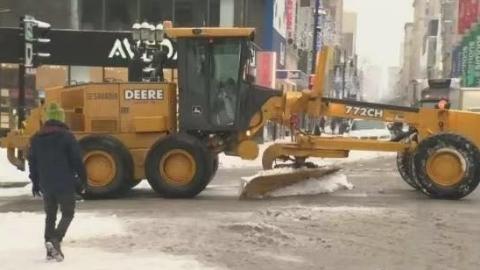 蒙特利尔启动新年首次大型扫雪