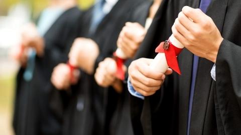 2018年度复旦大学毕业生就业质量报告发布 近7成本科毕业继续深造