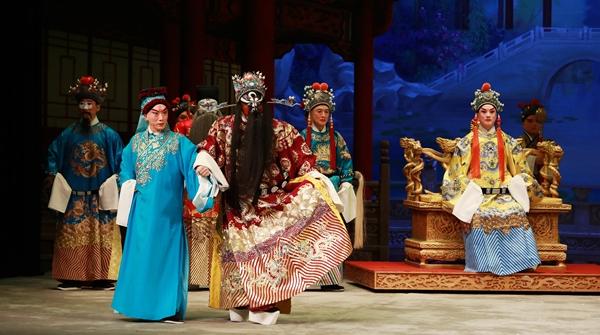 城市剧院接棒修缮中的天蟾逸夫舞台,把名团名剧名角送到你身边