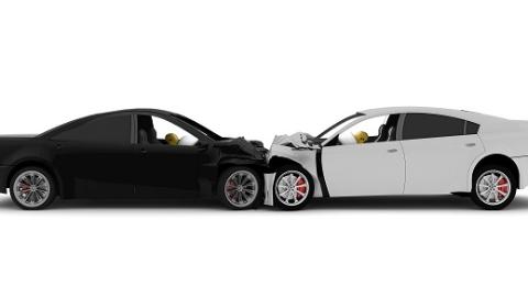 闵行区一男子疯狂连撞7辆车 只是因为和妻子吵了一架