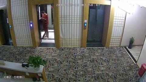 一男子混迹于浴场专偷他人财物    警方提醒:浴客在浴场消费时不要携带贵重物品,尽量少带现金