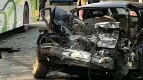 沪杭公路上三车相撞 一名轿车驾驶员不幸身亡