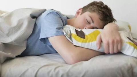德国学生学业压力大,三成已失眠