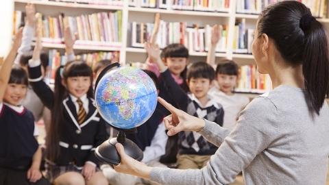 7成上海义务教育学校形成学区和集团 成员学校办学质量将纳入牵头校校长年度考核