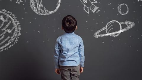 朱乃楣委员:关注校园特殊儿童身心健康成长