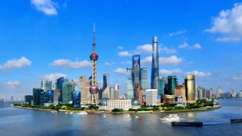 上海市人代会共收到议案49件,经济、城建、管理领域占三分之二