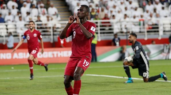 这名曾虐过国足的22岁卡塔尔前锋,这次成了亚洲杯最闪耀的新星!