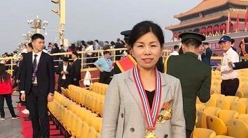 全国道德模范李影:作为最基层的环卫劳动者 受邀观礼非常自豪!