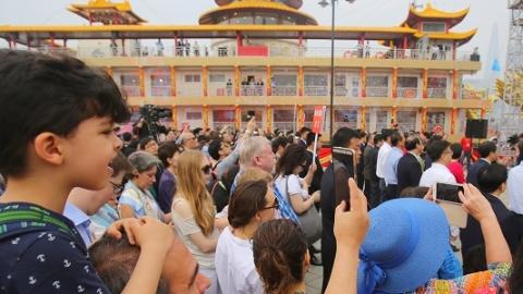 申城国庆假日前四天接待游客637万人次  黄浦滨江、建筑可阅读等成新热点