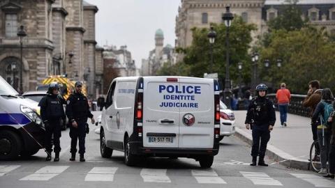 """""""紧盯""""警察内部极端倾向!法国内政部长下命令了"""