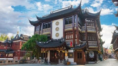 """九曲桥畔绿波廊新装亮相 助力打响""""上海服务""""""""上海购物""""品牌"""