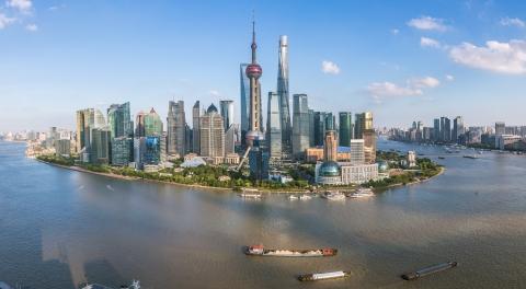 """实名用户注册量突破1008万,平台累计办件量2489万余件:上海""""一网通办""""交出一周年成绩单"""