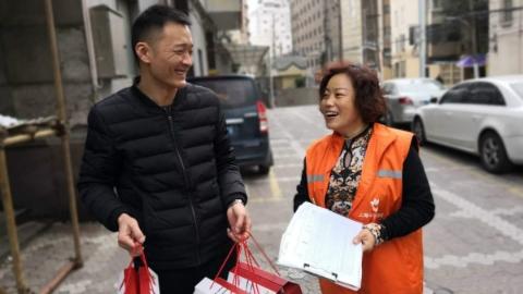 芷江西路街道18个居民区建立小区联合工会 社会治理成效好