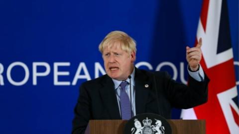 """英首相议会力推""""脱欧""""协议"""